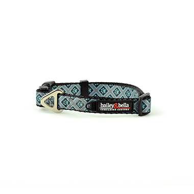 Adjustable Collar Blue Diamonds